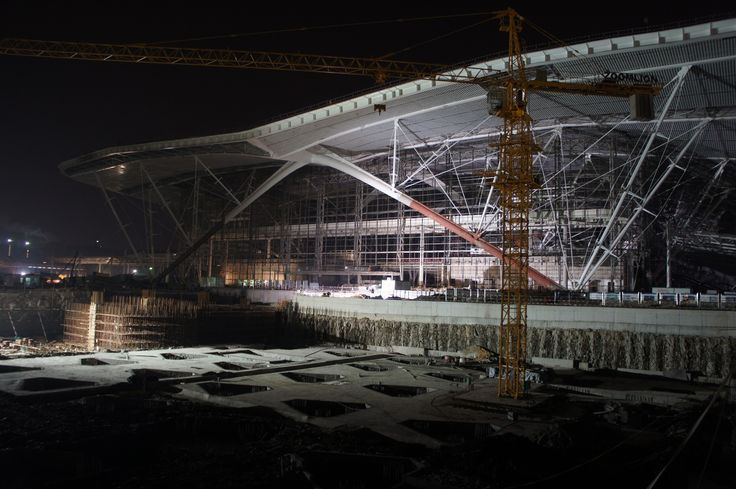 Qingdao North Station construction 01/10/2013 west facade. Photo MaP3
