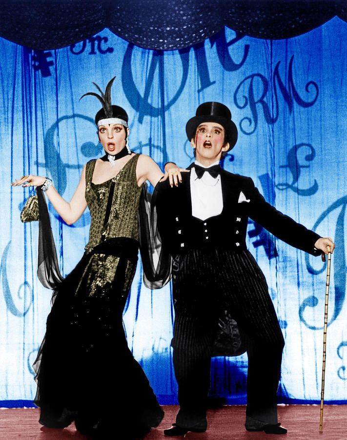 Liza Minnelli as Sally Bowles & Joel Grey as The Emcee in Cabaret, 1972
