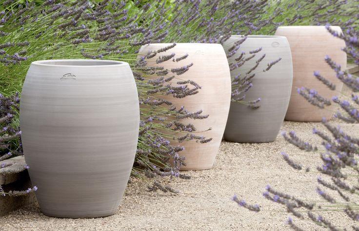 delightful grand pot en terre cuite pas cher 13 jarre contemporaine en terre cuite pot de. Black Bedroom Furniture Sets. Home Design Ideas