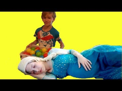 UGLY KID BOY making fun with the sleeping Frozen ELSA w/ Pregnant ELSA S...