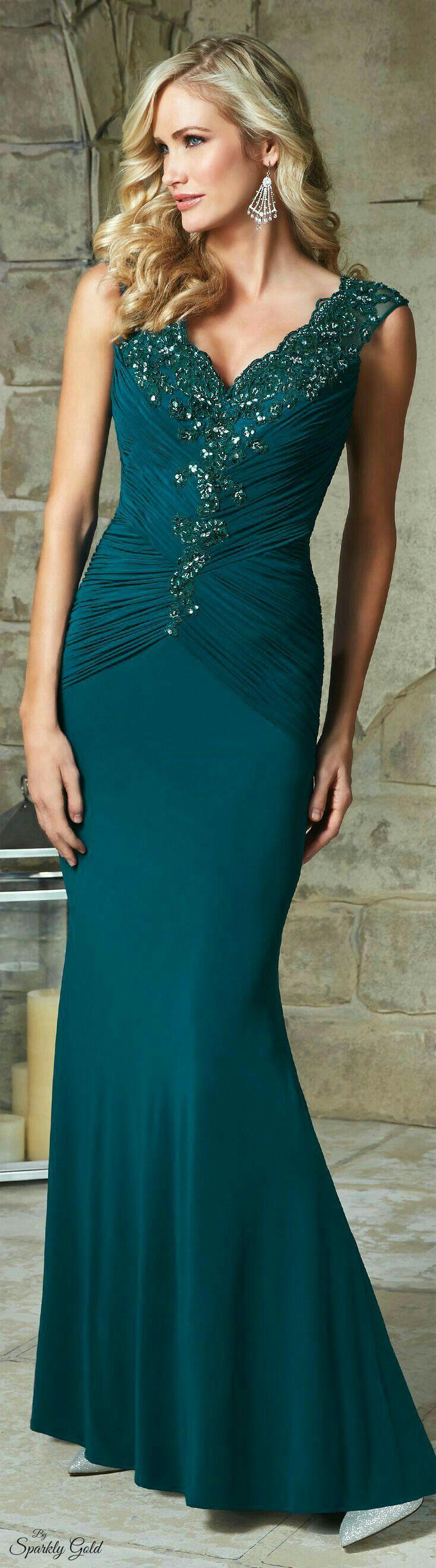 37 best Plus size evening wear, gowns images on Pinterest   Big ...
