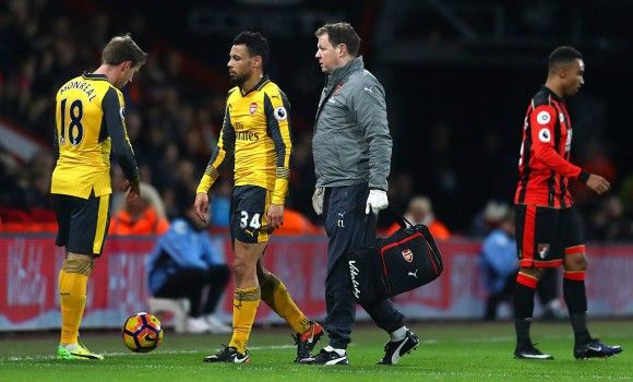 Francis Coquelin could be facing a significant spell out of the team
