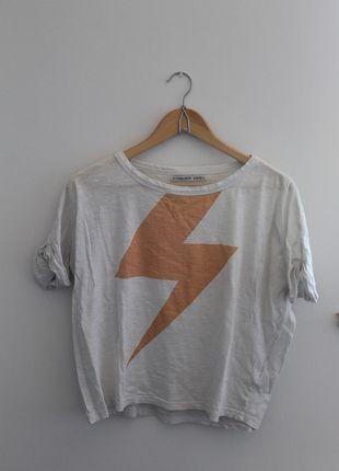 Kup mój przedmiot na #vintedpl http://www.vinted.pl/damska-odziez/koszulki-z-krotkim-rekawem-t-shirty/7214909-wygodny-luzny-bialy-t-shirt-z-blyskawica