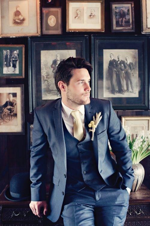 スリーピーススーツの着こなし・コーデ 1/6 | メンズファッションスナップ フリーク - 男の着こなし術は見て学べ。