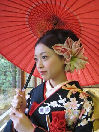 芦屋モノリス/パラダイス WEST/日本髪 - http://www.the-wedding.jp/beauty/db/paradisewest/%28id%29/18362