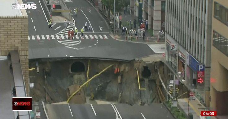 Cratera provoca caos na cidade de Fukuoka, no Japão