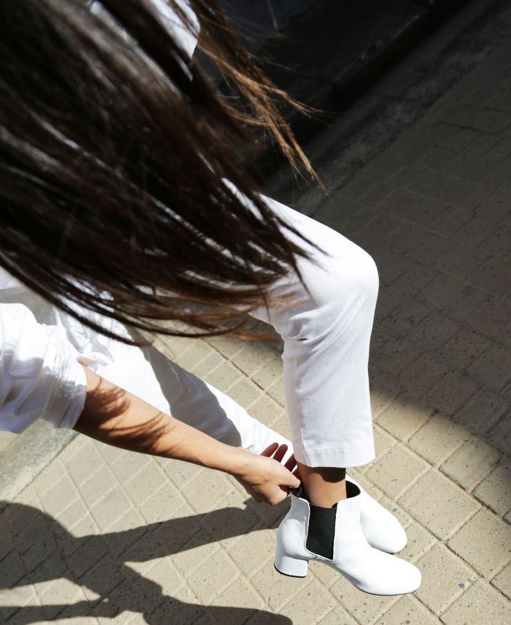 The White Edit: Bella Thomas wears ALBY White Capretto. #thewhiteedit x #tonybianco