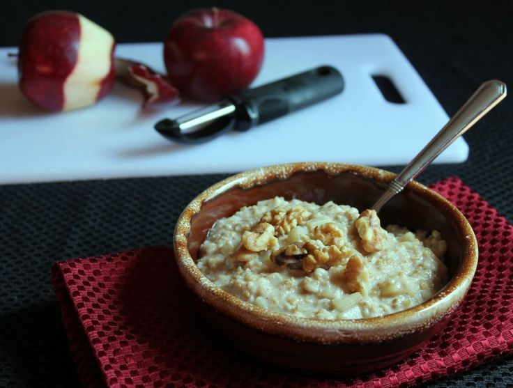 I just made this in advance for tomorrow's breakfast. It takes great and my house smells like I just baked a pie! , Kate  .  Clean Apple Pie Steal Cut Oats Oatmeal