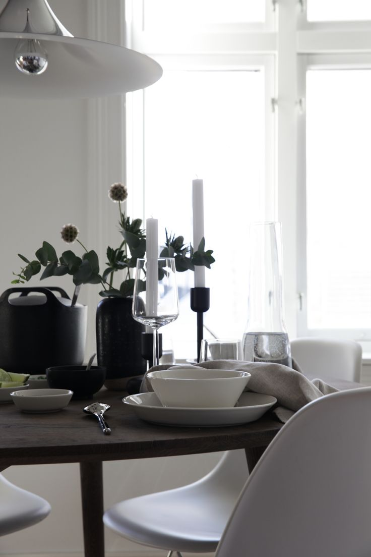 Table Reset for IIttala. Photo and styling by Elisabeth Heier