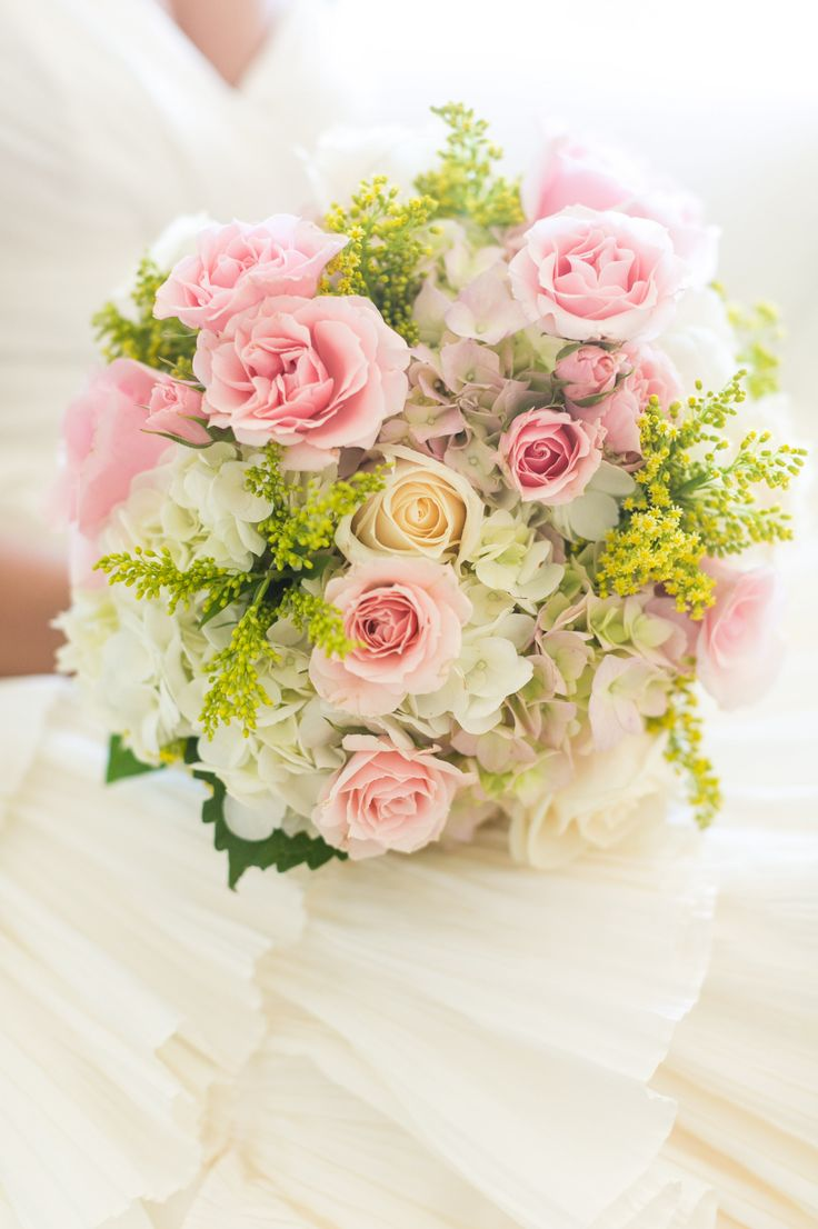 Photography: Dana Cubbage Weddings | Floral Design: Flowers By Sue