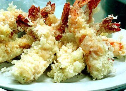 La véritable recette de la tempura Pour la pate à tempura : 1 œuf 100 g de farine 15 cl d'eau glacée Quelques glaçons Sel