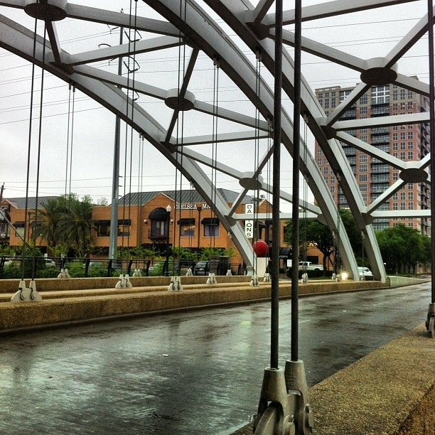 Montrose Street Bridge by urban.houstonian, via Flickr