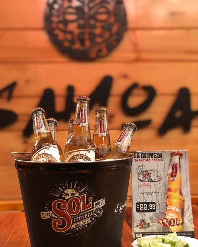 ☀FIESTA SOL☀ ESPÍRITU LIBRE 🍃  SABADO 04 DE NOVIEMBRE 2 x 1 🍺 COMPRA UNA CERVEZA SOL Y LLEVA OTRA GRATIS🍺🍻 SÓLO EN @SAMOABEACH🌴🌊 •MODELOS •DJ'S •ACTIVACIONES •GORRAS  #samoabeach #samoa #salinas #chipipe #lounge #friends #party #dj #music #enjoy #sol #cervezasol #drinks  Rsv 0994730329 @samoabeach #montereylocals #salinaslocals- posted by temporada 2017 🌴🌞 https://www.instagram.com/fiestas_sa - See more of Salinas, CA at http://salinaslocals.com