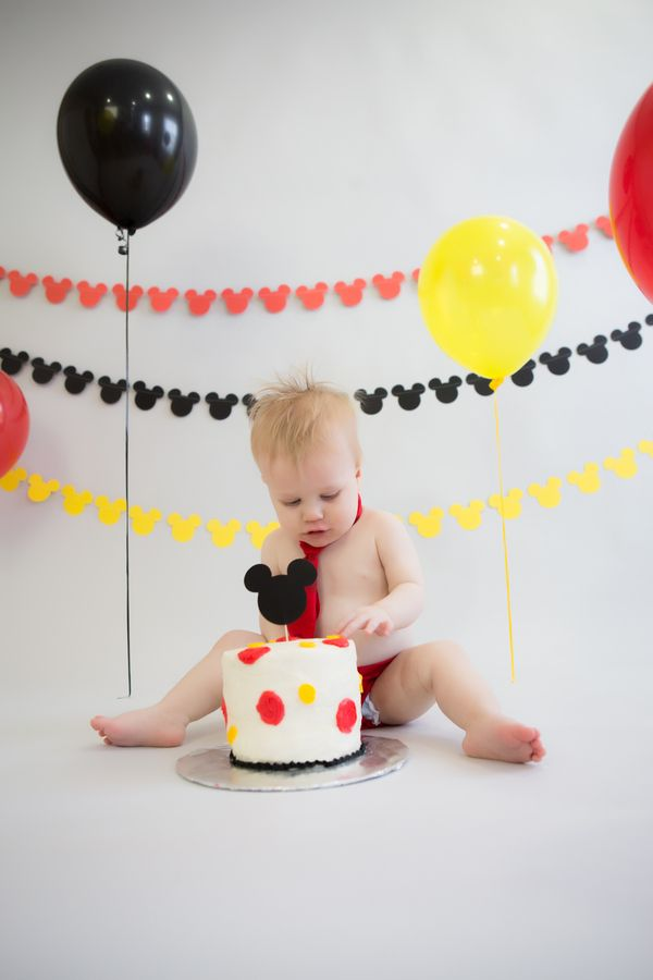 Brian's Mickey Mouse Themed First Birthday Cake Smash ...