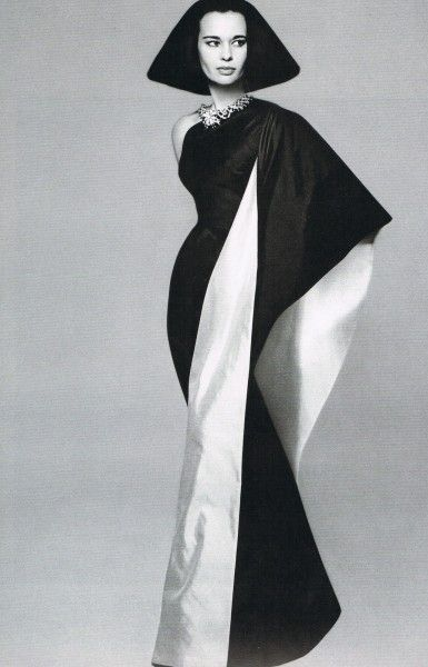 Gloria Vanderbilt in black/white color block Mainbocher gown, photo by Richard Avedon