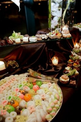 There were plenty of American and Korean treats for the guests to feast on all evening.