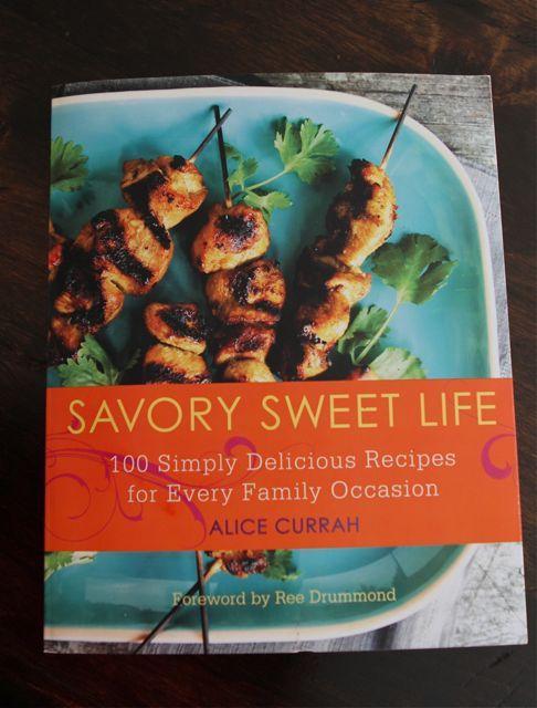 4 Ingredient Chocolate Cookies 'n' Cream Ice Cream {Cookbook Giveaway}