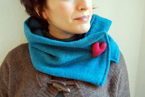 Little scarf with heart pin   www.giorgiatzeni.it