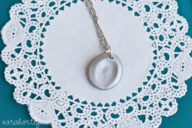Fingerprint necklace tutorial - love!