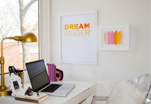 LizHomeOffice Spaces, Offices Inspiration, Brass Lamps, Offices Spaces, Dreams Bigger, Workspaces, Decorista Domestic Bliss, Home Offices, White Wall