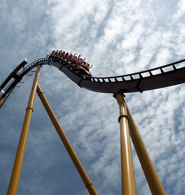 Top 10 Best Steel Roller Coasters in North America: Number 3 Top Steel Roller Coaster: Diamondback