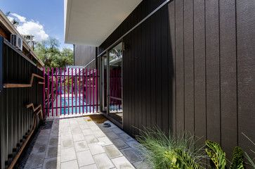 CLADDING - vertical weatherboard