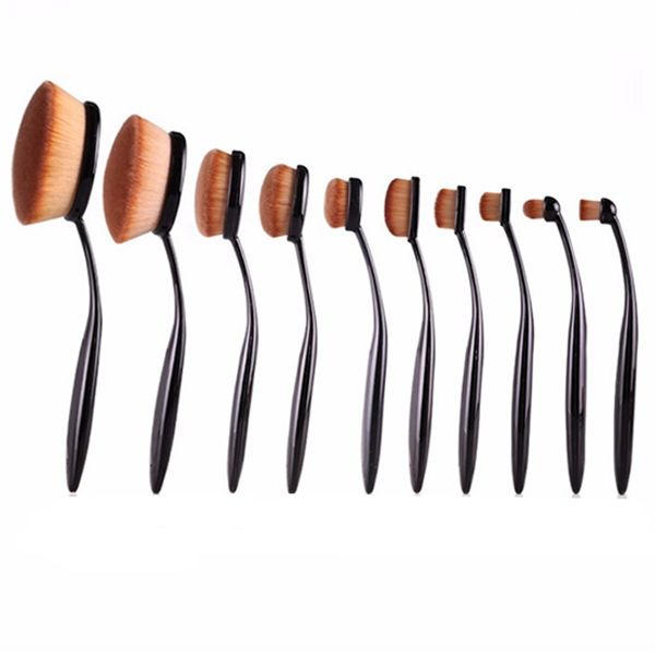 From highlighting to contouring  this 10 piece set gives you so many options for doing your makeup  The brushes have a round shape design that  39 s perfect for blending foundation  blush  or powder to your face or cheeks  With so many different sized brushes to choose from  you can achieve any look you want