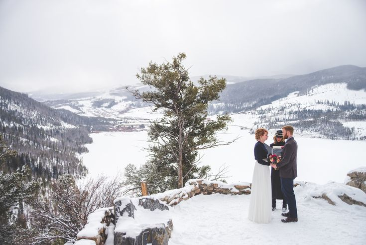 Gorgeous overlook of Lake Dillon and the mountains at Sapphire Point this winter, during a sweet, intimate Colorado elopement.