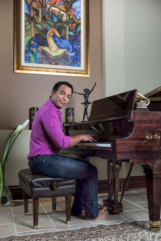Jon Secada photographed by Phil Penman on the Leica M