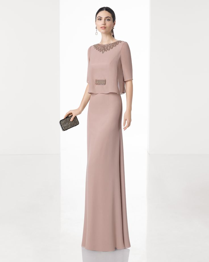 Long lightweight crepe Georgette dress with bloused bodice, short sleeves and beadwork details on neckline and waist, in nude, silver and navy blue.