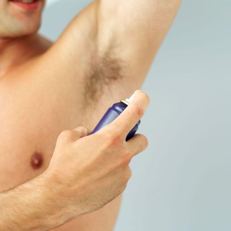 Schwitzen ist lebensnotwendig für den Körper. Übermäßiges Schwitzen (Hyperhidrose) ist Betroffenen allerdings sehr peinlich.