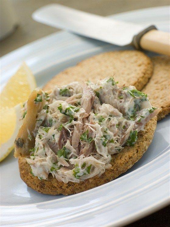 Рыбный паштет с чесноком и лимоном