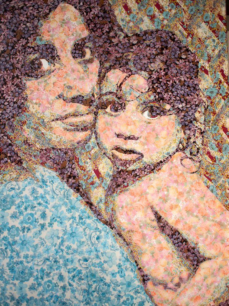 Esther&Cleo in vintage wallpaper