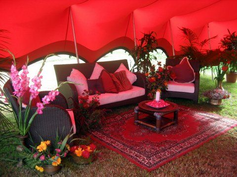 What a great chill out area...sit and take it easy in your red marquee