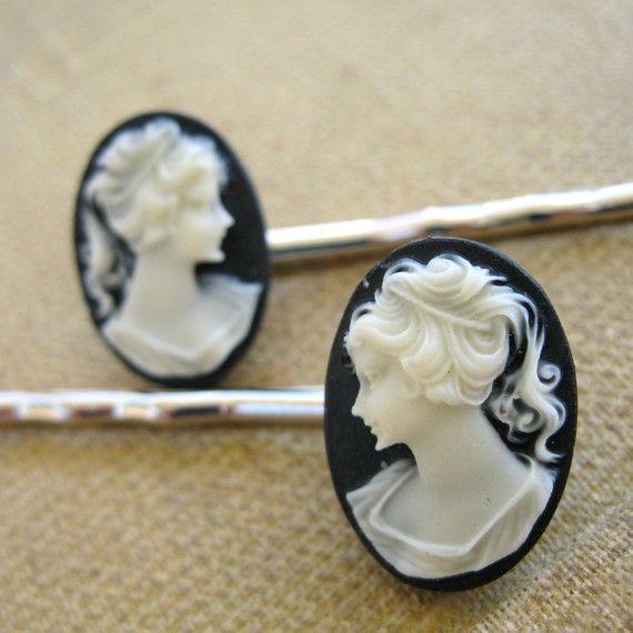 Cameo Bobby Pin Set, Black and White Cameo hair pin, Victorian Steampunk hair accessories, Teen Girl Hair Clip, wedding hair pin, oval cameo
