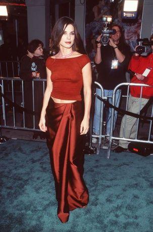 Vogue Daily — Sandra Bullock Red Carpet Style October 2013