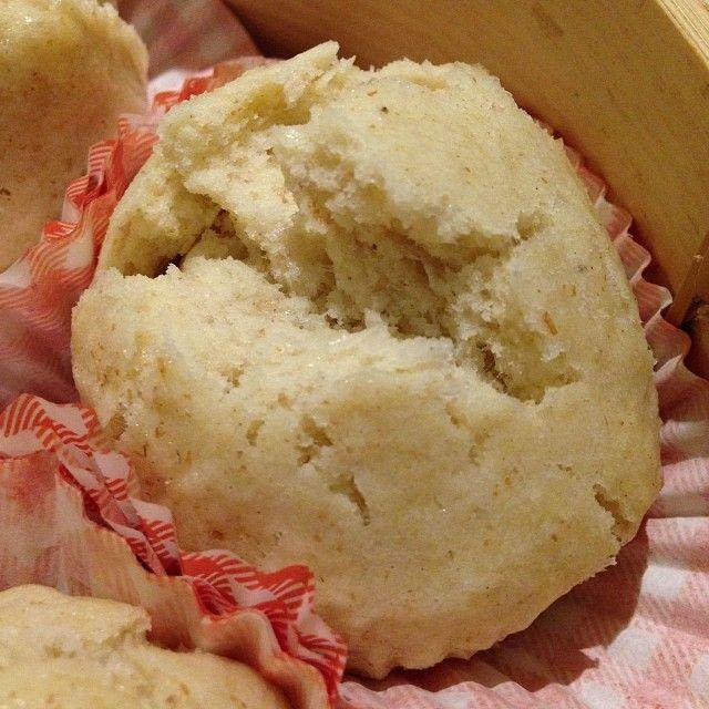 Buns (brioches) au lait de coco cuits à la vapeur - Jamie Oliver. Sans oeufs, sans lactose.