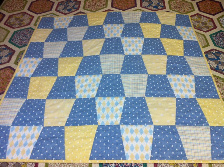 Tumbler Block Baby Quilt Finished!