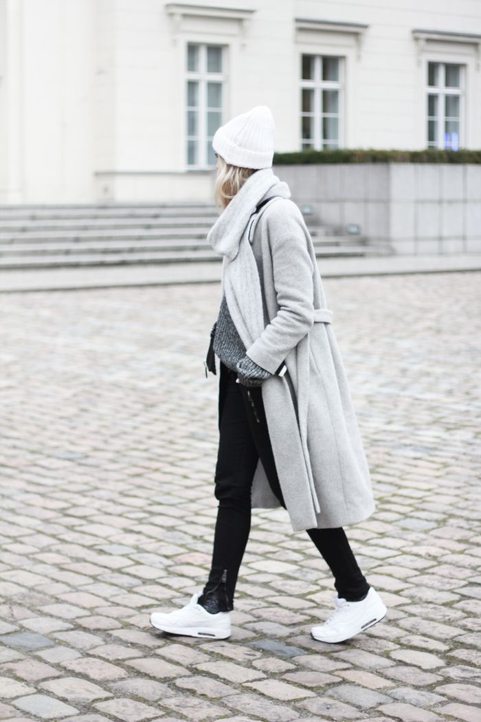 Winter outfit: when in Berlin | COS coat | Sandro beanie | Nike Air Max