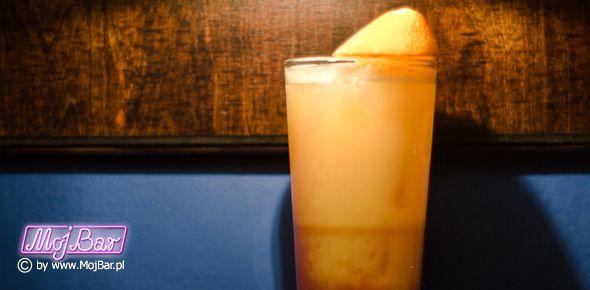 MONK'S HABIT Mocny i świeży w konstrukcji: rum biały - 40ml, frangelico - 40ml, cointreau - 20ml, ananasowy sok - 100ml, grenadina - 10ml  Przepisy na drinki znajdziesz na: http://mojbar.pl/przepisy.htm