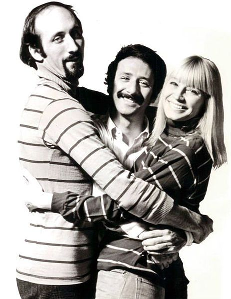 Peter Paul and Mary - groovy, mellow music at http://boomerinas.com/2012/06/mellow-songs-from-the-60s/