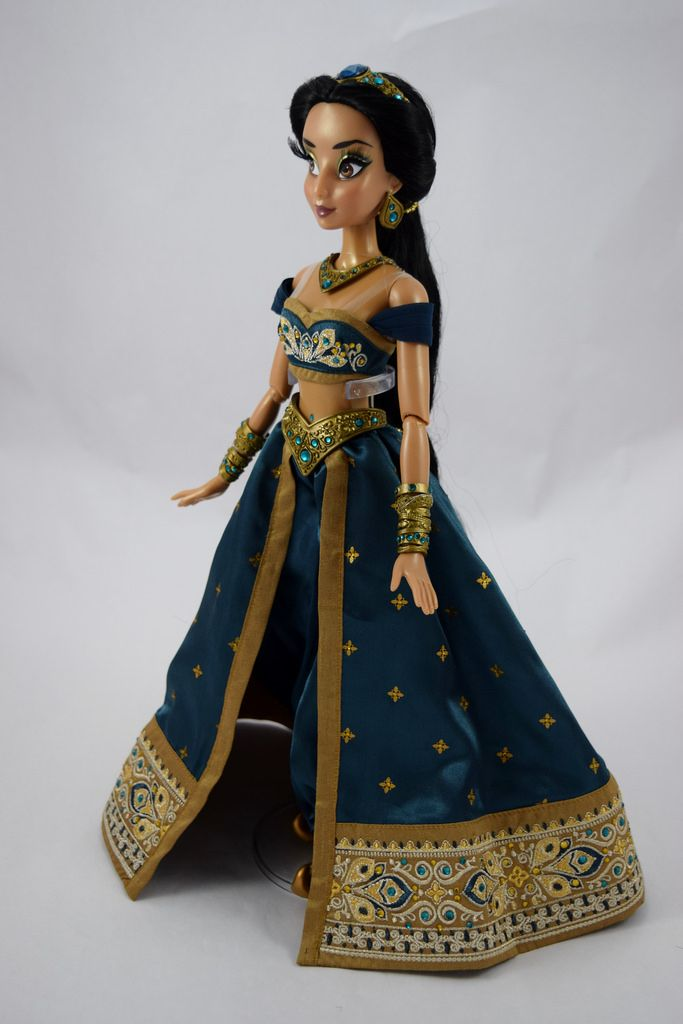 Limited Edition Teal Jasmine 17'' Doll - US Disney Store Purchase - Deboxed - Standing - Full Right Front View