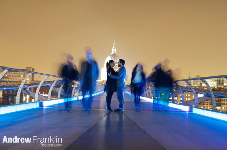 Pre wedding shoot, millennium bridge, wibbly wobbly bridge, St Pauls cathedral by Andrew Franklin Photography, www.andrewfranklin.co.uk