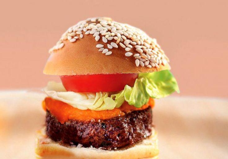 Que tal preparar o mini hambúrguer para a criançada?