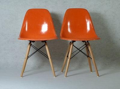 1 (von 2) Herman Miller | Side Chair DSW Eames Vitra coral red Dowel Base 70er nur € 389,00