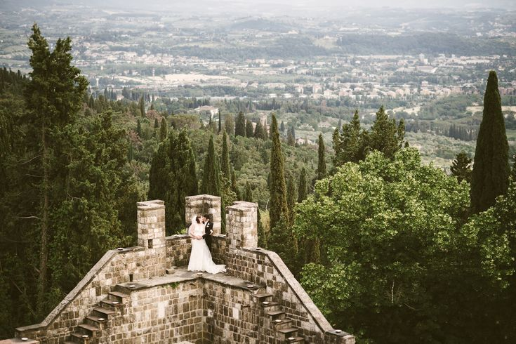 #Italian #Jewish destination wedding in #Tuscany at #Vincigliata #Castle. Italian Wedding Photographer @gabrielefaniphotographer ∙ Love is in the air. ∙ ∙ ∙ #Wedding #Photographer #Tuscany #Florence #CastleWedding #WeddingStyle #WeddingIspiration #WeddingInspo #weddingIdeas #VSCO #Fuji400H #WeddingPortrait #Love #FlorenceCountryside #Romance (scheduled via http://www.tailwindapp.com?utm_source=pinterest&utm_medium=twpin&utm_content=post185363971&utm_campaign=scheduler_attribution)