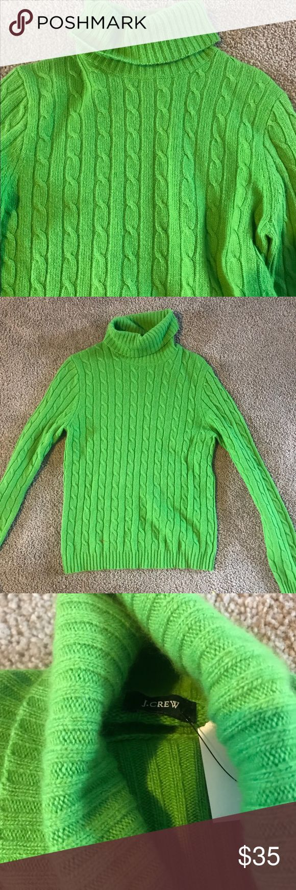 J Crew Lime green turtleneck sweater SZ medium J Crew Lime green turtleneck sweater SZ medium . This is in like new condition with no signs of wear . J Crew Sweaters Cowl & Turtlenecks