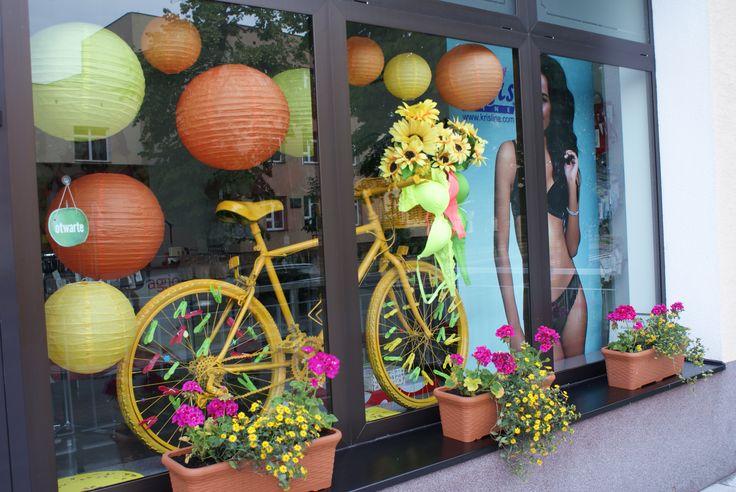 VII-VIII.2015 shop vitrine visual merchandising lingerie summer