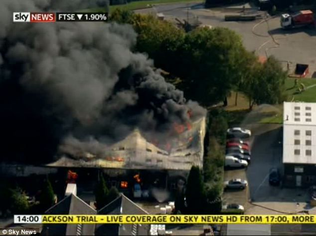 10/03/2011 - Eight workers injured after massive explosion at ink cartridge recycling factory - Newchapel, near Lingfield, Surrey - UK