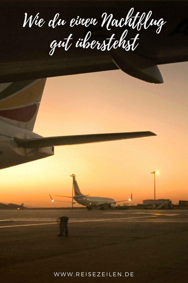 Steht bei dir ein langer Flug an - sogar über Nacht? Dann habe ich einige Tipps für dich, damit du einigermaßen ausgeruht ankommst.